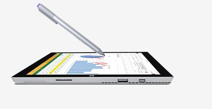 У планшета имеется очень удобный стилус