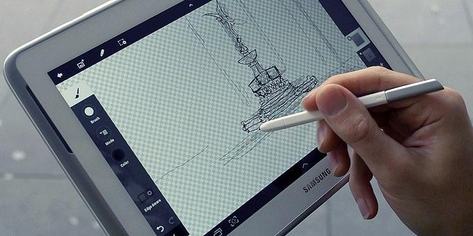 Этот планшет ожидал весь мир, в нем упор сделан в сторону графического планшета