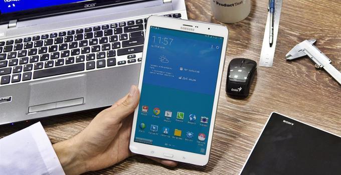 Многие пользователи сталкиваются с тем, что их мобильное устройство быстро теряет заряд