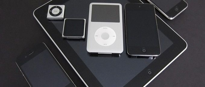 iPad -планшет,iPod -плеер!