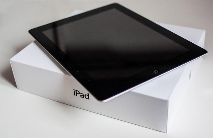 IPad на коробке