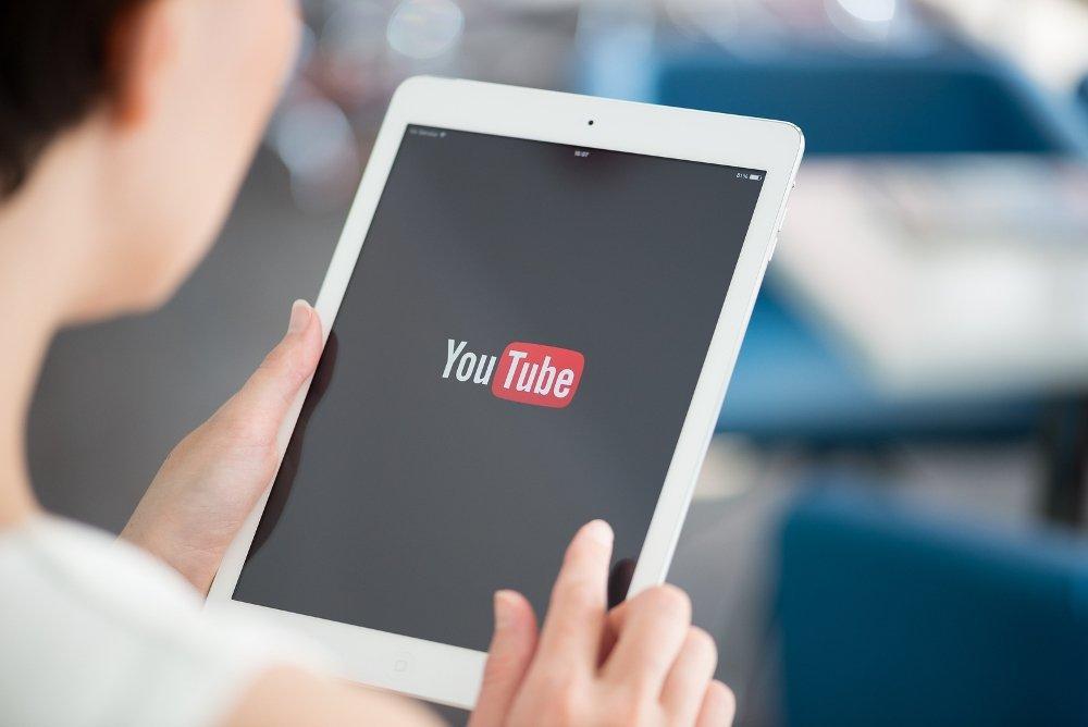 планшет не воспроизводит avi видео