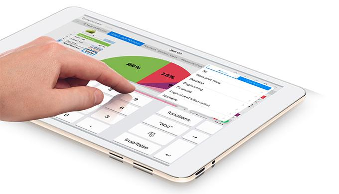 Девайс поддерживает ряд форматов электронных книг — CHM, TXT, PDF, UMD, и оснащён Google Play