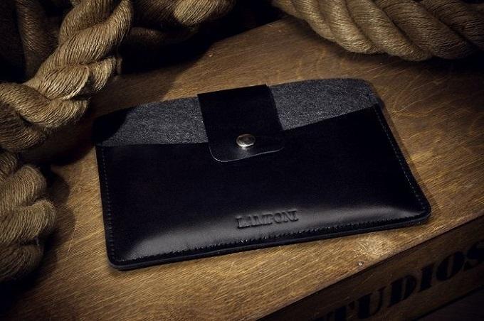 Прекрасный вариант для тех, кто постоянно носит с собой планшет