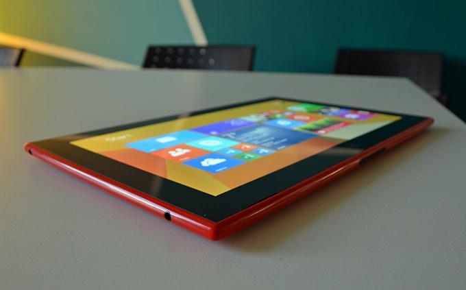 Планшет Nokia Lumia 2520 позиционируется производителем, как самый яркий, который обеспечит комфортную работу даже на солнце
