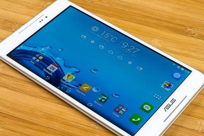 Восьмидюймовый экран планшета оснащен IPS матрицей