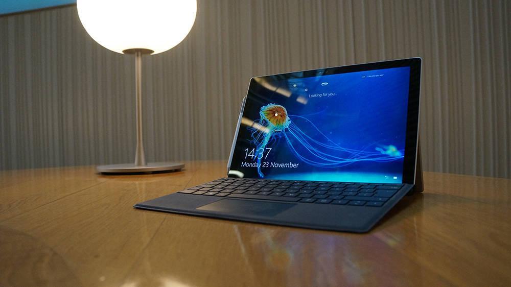 Microsoft Surface Pro 4 Anniversary Edition