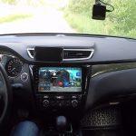 Установка и подключение планшета в машине