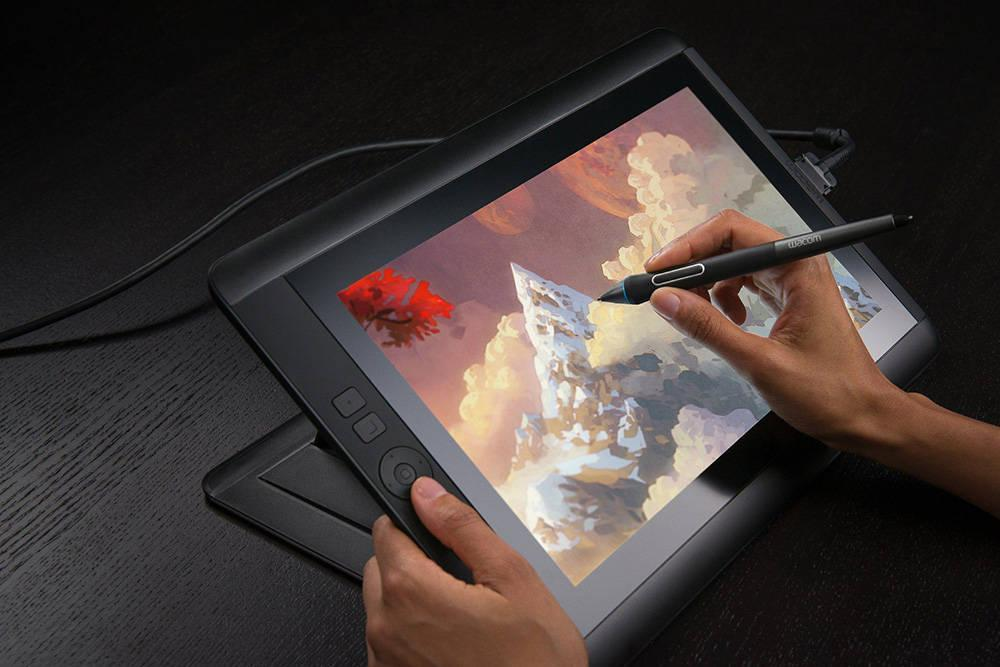Wacom Cintiq 13HD Interactive Pen Display